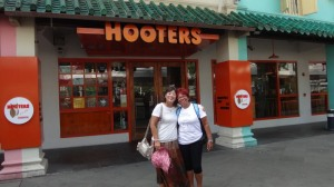 Singapura Almoço Hooters