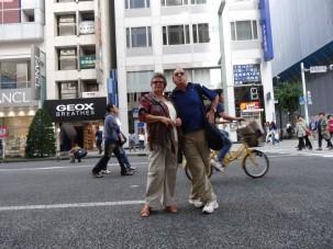 05-06-2016_tokyo-guinza_04-braga-e-solange